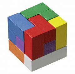 Tuote koostuu värikkäistä geometrisistä paloista.